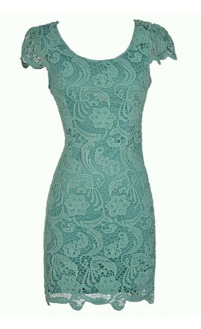 Nila Crochet Lace Capsleeve Pencil Dress in Sage