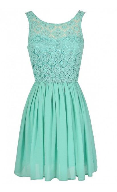 Perrenial Path Lace Dress in Mint