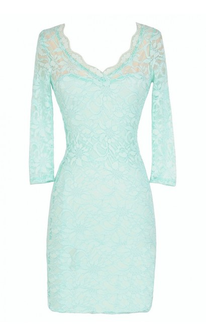 Open Back Fitted Lace Dress With Three Quarter Sleeves in Mint
