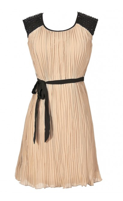 Roaring 20s Embellished Shoulder Pleated Chiffon Dress in Taupe