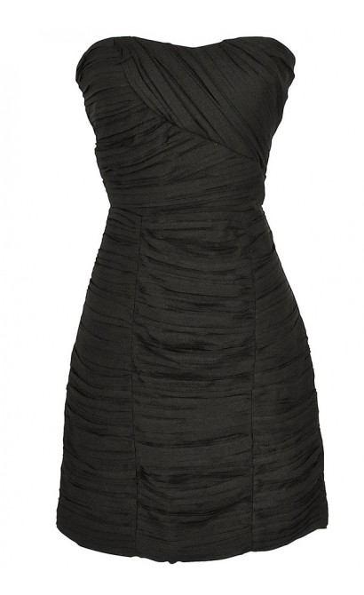 Pleated Chiffon Strapless Dress in Black