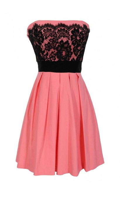 Laced With Style Contrast Dress With Pleated Skirt in Peach