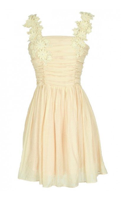 April Flowers Applique Strap Dress in Cream