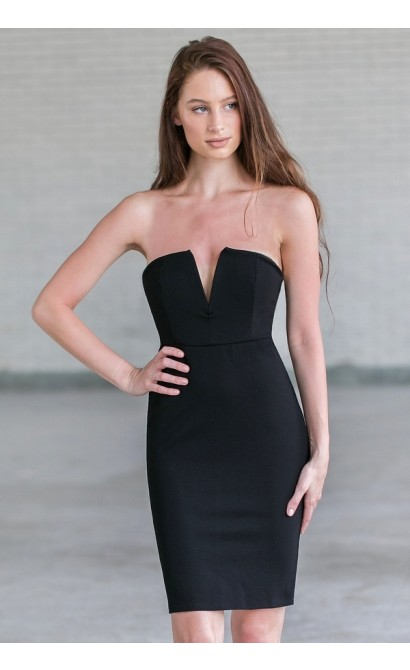 4a14e0bd2ace Cute little black strapless cocktail dress