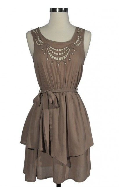 Cute Cutout Dress in Beige