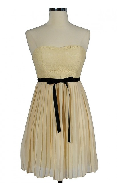 Romantic Night In Paris Dress In Ivory