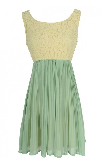 Lace Top A-Line Dress With Pleated Skirt in Mint