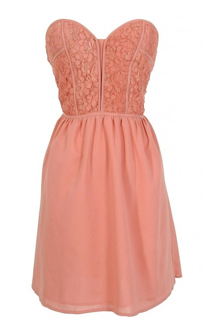 Alicia Lace Sweetheart Dress in Antique Pink