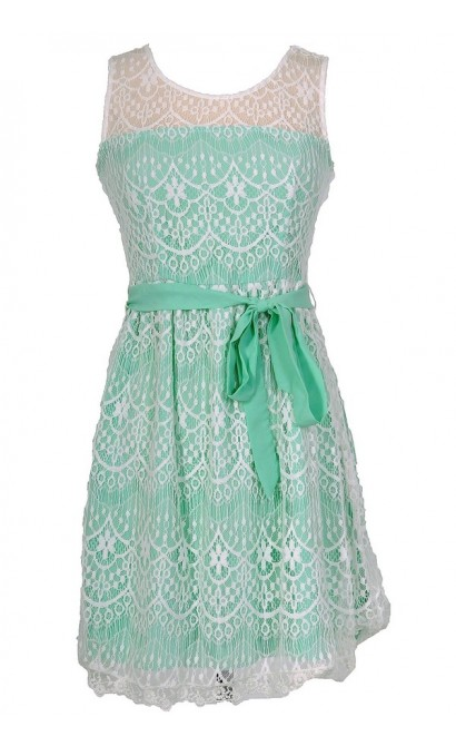 Isabelle Lace Dress in Mint