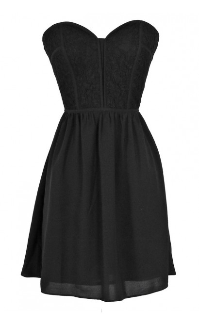Sweetheart Strapless Dress in Black