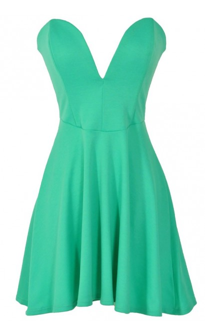 Plunging Neckline Strapless Fit and Flare Dress in Jade