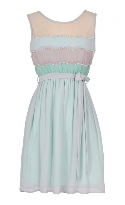 Precious Pearls Dress in Mint