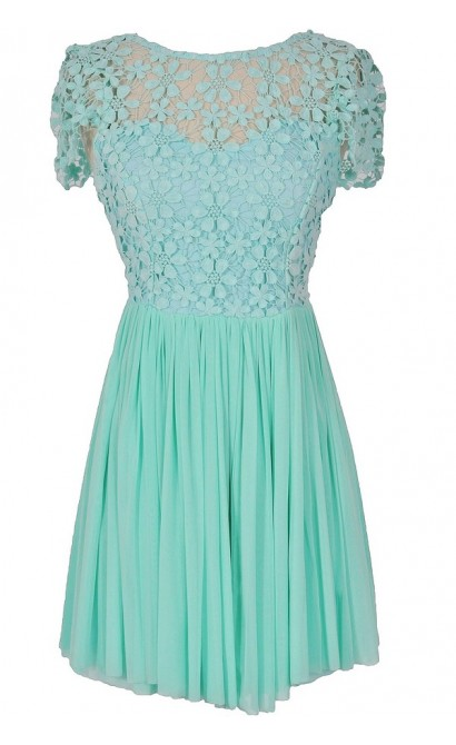 Garden of Eden Capsleeve Crochet Lace Dress in Mint