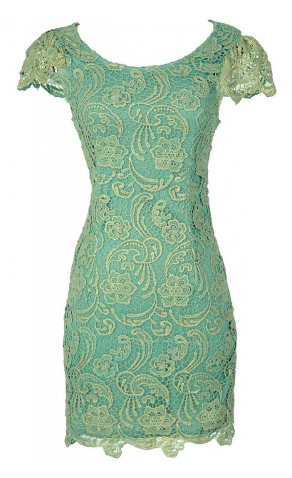Nila Crochet Lace Capsleeve Pencil Dress in Mint Shimmer
