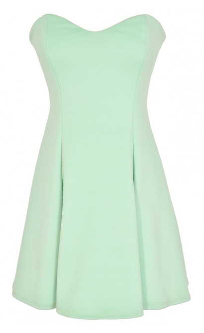 Sweetheart Strapless Skater Dress in Green