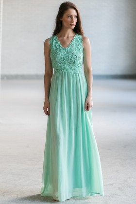 Dimiana Lace and Chiffon Maxi Dress in Sage