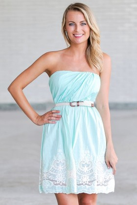 Beachside Stroll Belted Embroidered Dress in Mint