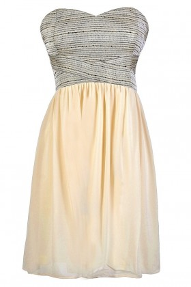 Shine So Bright Textured Strapless Chiffon Dress in Cream