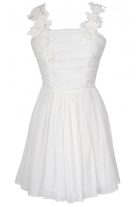 April Flowers Applique Strap Dress in Ivory