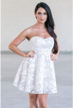 Affordable Prom Dresses for Juniors & Teens