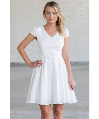 Cute White A-Line Party Rehearsal Dinner Dress